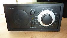 Radio Tivoli Audio modelo One Black