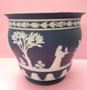 "4.5 ""  Antique Wedgwood  Deep Blue  Jasperware cache pot planter.For Restoration"