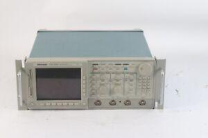 Tektronix TDS 684C 1GHz 5GSs 4 Chan Digital Oszilloskop Optionen 05, 1R, 33, D3,