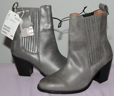 H&M Women's Gray Leather Chelsea Ankle Boots - Sz US 6 / EUR 37 (NWT)