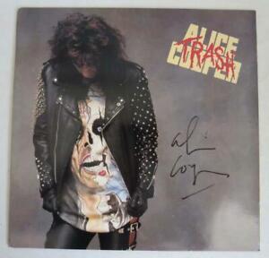 Vintage 1989 ALICE COOPER Trash LP Vinyl  Record Signed Autographed RARE
