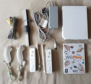 Nintendo Wii Console + Wii Play Game + 2 x Official Remotes Nunchucks RVL-001