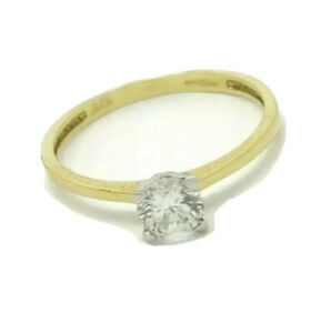 9ct yellow gold solitaire created diamond ring size O