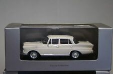 Ixo Mercedes Benz 200D (W110) Cream in 1:43 scale