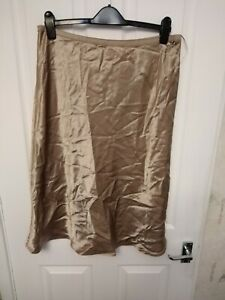 BNWT LADIES STUNNING MARKS AND SPENCER GOLD SKIRT ELASTICATED WAIST SIZE 16