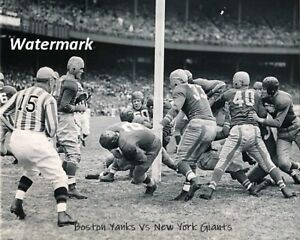 NFL 1944 Boston Yanks vs New York Giants Game Action 8 X 10 Photo Picture