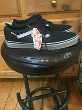 MENS NEW VANS DELUX CHUKKA LOW. BLACK GRAY SOFT VELOUR LINED. SIZE 12. VERY RARE