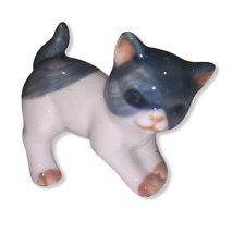 "Tiny 2 x 2.5"" Dark Blue White Porcelain Japanese Bobtail Kitten Collectable"