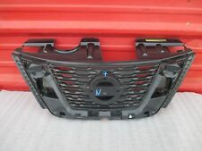 2017 2018 Nissan Rogue Front Upper Grille OEM 17 18