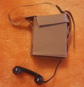 VINTAGE GI JOE TAN FIELD PHONE WALKIE RADIO w CASE SUPER CLEAN