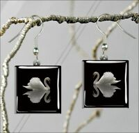 BIRD SWAN WHITE ON BLACK SQUARE GLASS CABOCHON EARRINGS ng54ed