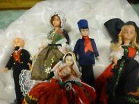 lot= 7 poupées folkloriques anciennes  en celluloid alsace,normandie ,  provençe