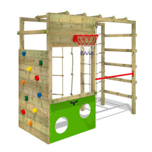 Wooden climbing frame FATMOOSE CleverClimber with many climbing options & gymbar