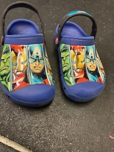 CROCS Avengers Toddler Boys Slip On Blue Clogs Shoes Size J 1