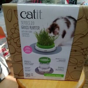 Catit NEW & IMPROVED Senses 2.0 Grass Planter With Grid Cover for Cats Digestion