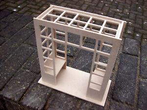 1:12th Scale Narrow Trellis Bench