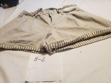 Women's Old Navy Khaki Cute Cuffed Hem  Shorts Size 16