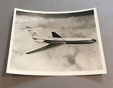 BRITISH UNITED BUA VICKERS VC10 PHOTO