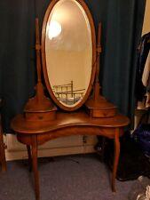Art nouveau dressing table