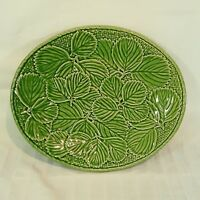 Serving Platter Strawberry Leaves Basket weave Bordallo Pinheiro Green Oval 11.5