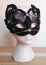 Gisela Graham Deluxe Black Halloween Lace Velvet Masquerade Ball Cat Eye Mask BN