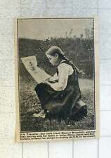 1921 Eleonor Broadbelt, Touring With Father In India China Japan And Australasia