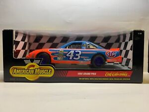 Ertl American Muscle - 1998 Grand Prix 'John Andretti' - Nascar - 1/18 Scale