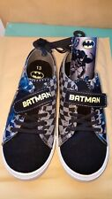 Batman Sneakers boys Size 10 with v- strap/lace canvas