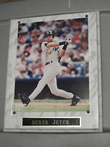 Derek Jeter Plaque with 8 x 10