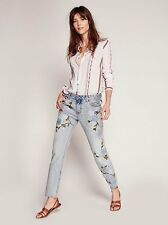 NWT $168 FREE PEOPLE Shower Me with Flowers Floral Embroidered Jeans Size 25