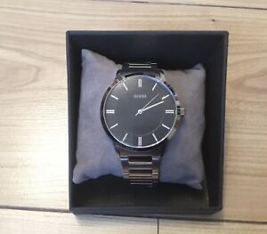 Authentic Guess Men Watch In Box