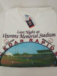 Cedar Rapids Kernels Last Night at Veterans Memorial Stadium T-Shirt Brand New