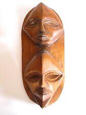 Ältere Holzmaske aus Afrika Troppenholz hand-geschnitzt 39 cm hoch