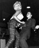 JAYNE MANSFIELD DANCING WITH A STAR-STRUCK SERVICEMAN - 8X10 PHOTO (BB-963)