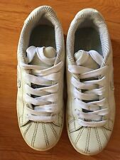 Sketchers Women's Shoes 7 White Sneakers