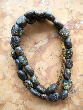 Halskette mit 32 bunten Glasperlen - Colored Glass Beads