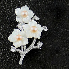Natural Shiny Carved Flower Shell Brooches White Topaz Brooch Pins Woman Jewelry