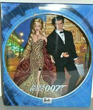 2002 Collector Edition JAMES BOND 007 KEN & BARBIE Giftset
