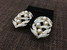 Vintage Chanel Clip On Earrings Green Leaves And Pearls No Box