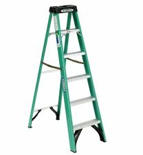 Werner 8 ft Fiberglass Step Ladder Folding 225 lb Load Capacity Type II Scaffold