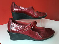 Clarks Wedge Comfort Red Patent Leather Mary Jane Shoes Casual Work Size UK 6
