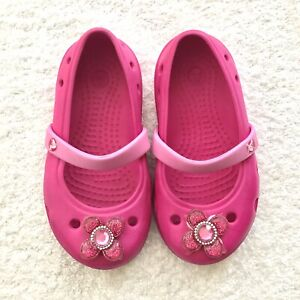 Crocs Toddler Girl size 7 Pink Flowers Pool Swim Shoes Summer Cute Authentic