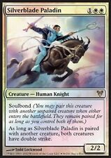 MRM FRENCH FOIL Silverblade Paladin/Paladin à la lame d'argent MTG magic AVR