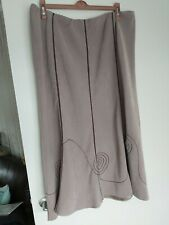 Pretty Faws Skirt With Brown Stitch Detail Size 20