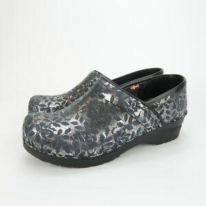 Sanita Womens Black Silver Floral Patterned Clogs Shoes Size 38 EUR 7 US
