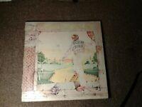 Elton John Goodbye Yellow Brick Road MCA2-10003 TRifold 2 LP 1973 (bc3)