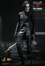 HOT TOYS MMS210 THE CROW: ERIC DRAVEN SIXTH SCALE COLLECTIBLE FIGURE