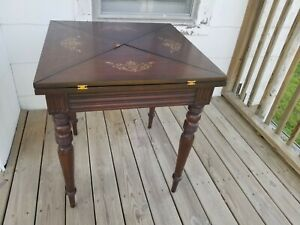 MAITLAND SMITH Inlaid Mahogany leather top Game Table center table
