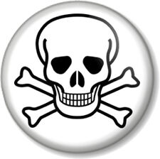 """Skull and Crossbones 1"""" Pin Button Badge Halloween Pirate Flag Jolly Roger Goth"""