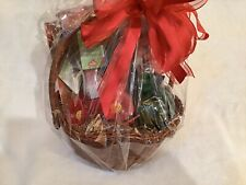 Hummingbird Glass Feeder In Gift Basket With Other Hummingbird Accessories